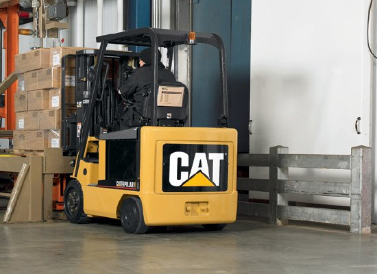 Cat E3000 cushion tire forklift