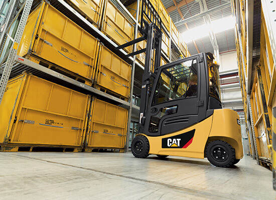 Cat Lift Trucks EPC3000-EP4000 floor view