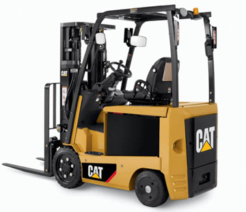 Full View of a CAT EC22N2 Electric Forklift