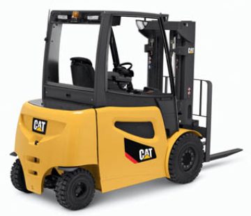 Cat large pneumatic lift truck