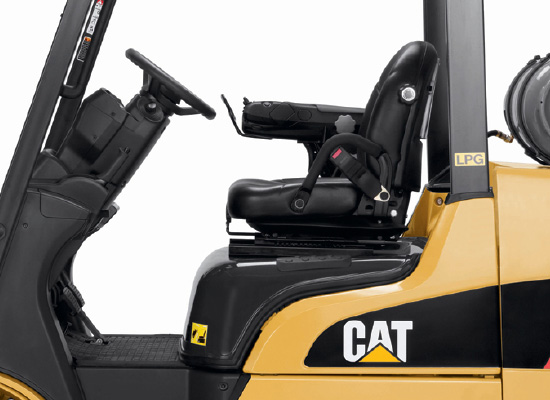 Cat 2C3000 comfortable interior