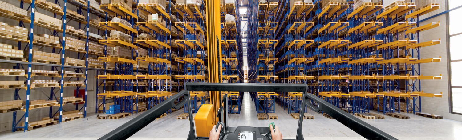 Warehouse From a Jungheinrich Forklift Operator's Perspective