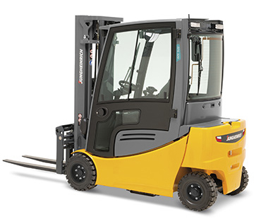 Product image of Jungheinrich pneumatic tire lift truck